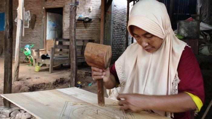 pengrajin kayu jepara